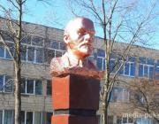 Макияж Ленина забраковали и «облачили» его в бронзу