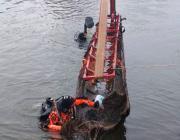 Со дна Немана подняли самую большую в Беларуси лодку, которой не менее 200 лет