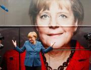 Боится собак, любит спагетти и смс, получает меньше президента. Что мы знаем об Ангеле Меркель