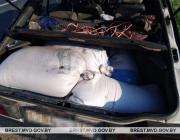 Лунинецкие госавтоинспекторы задержали в Пинском районе автомобиль с партией зерна