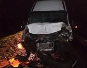 Под Пинском микроавтобус сбил мужчину, толкавшего заглохшее авто