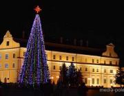 Новогодняя ночь у главной ёлки Полесья