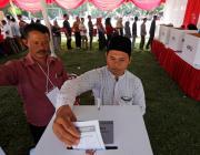 В Индонезии при подсчете голосов на выборах от усталости умерло 92 человека
