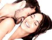 11 вещей, которые делают все счастливые пары перед сном