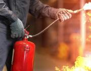 В Ольшанах горел шиномонтаж