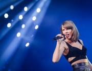 Певица Тейлор Свифт cтала самой богатой мировой знаменитостью