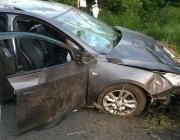 Пьяный водитель съехал в кювет, пострадала пассажирка