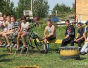 История о том, как подростки выкопали бункер и ушли в «партизаны»