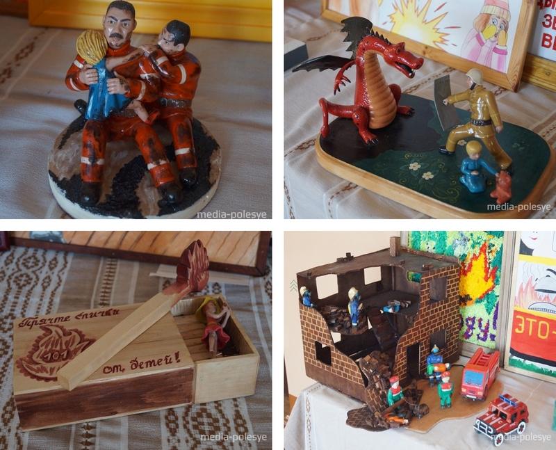 В фойе школы проходила выставка творческих работ школьников