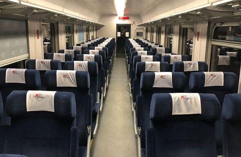 Пустой вагон польского поезда