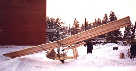 Планер «Букварь». На таком планере Владимир впервые поднялся в воздух. Фото: авиару.рф