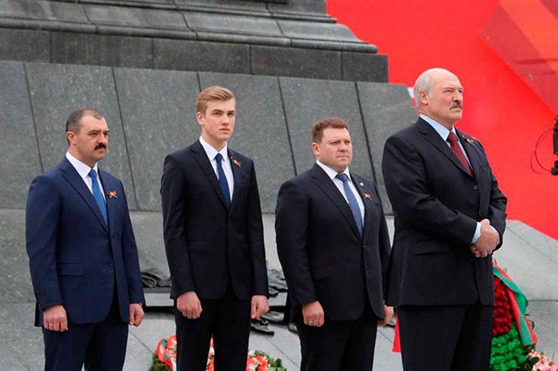 9 мая 2019 года, Минск. Фото пресс-службы президента Беларуси