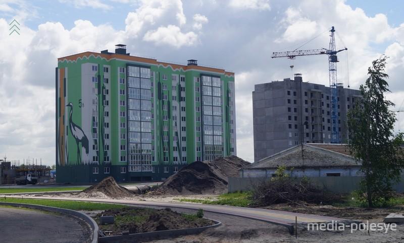 Вид на новостройки со стороны улицы Пучкова