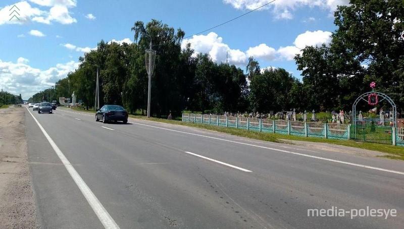 Кладбище в Галево находится недалеко от черты города