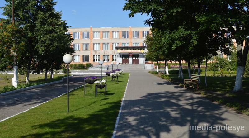 Школа, где училась Светлана Тахановская