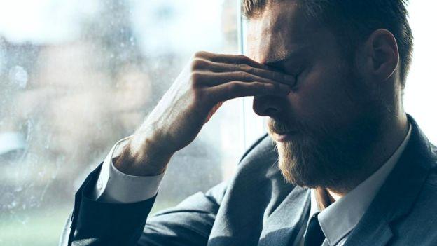 Дефицит сна может привести к развитию серьезных заболеваний / iStock