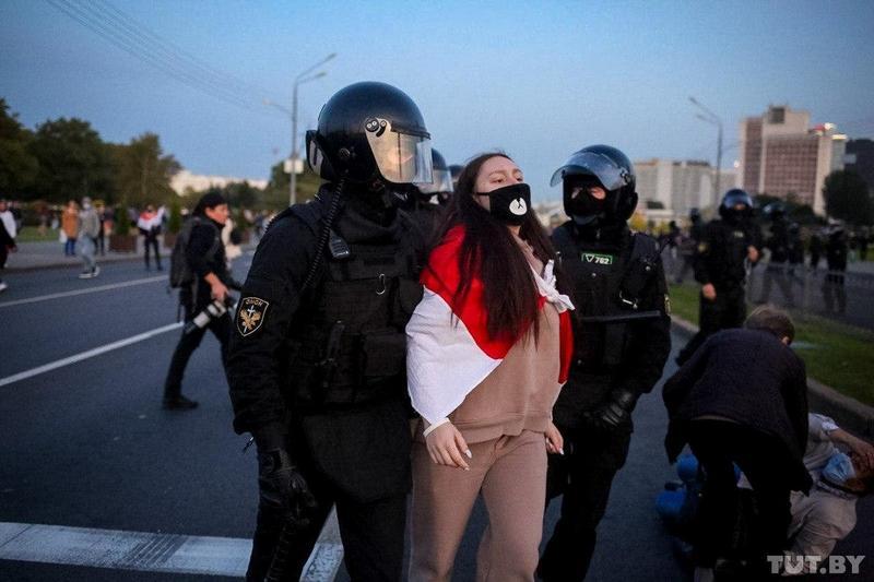 Задержание в Минске 23 сентября. Фото Вадима Замировского, TUT.BY