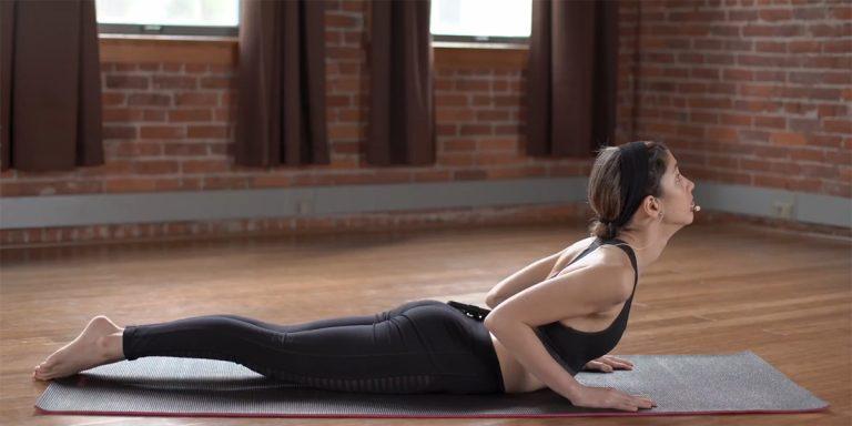 Кадр: Samin Yoga / YouTube