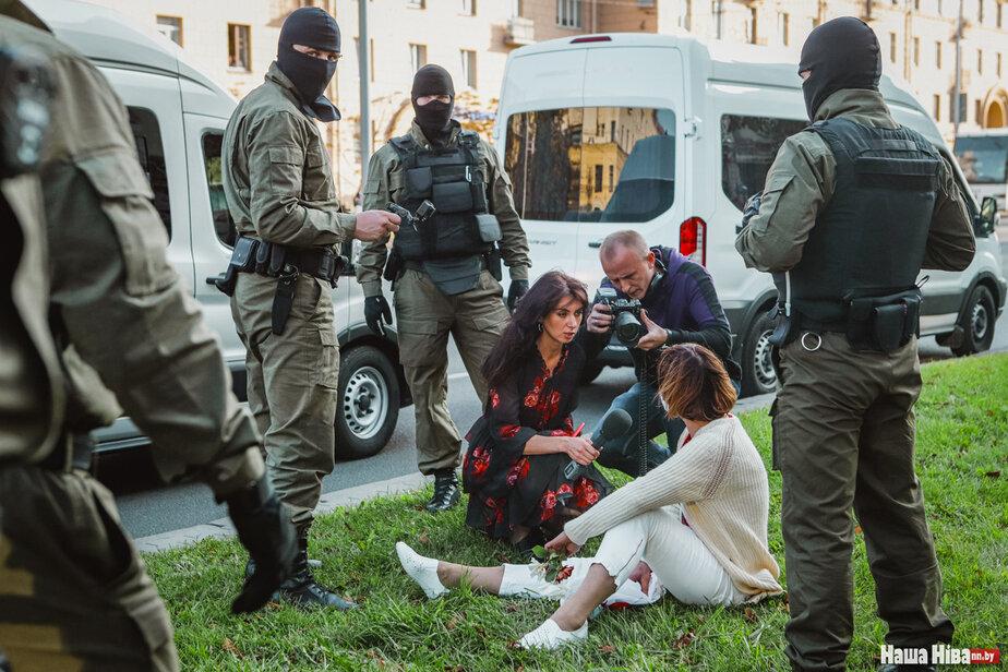 Журналистка БТ Ксения Лебедева на Женском марше. Фото Надежды Бужан