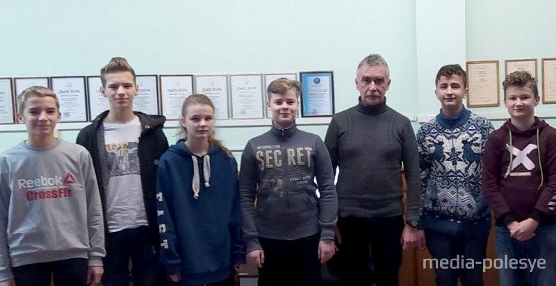 Иван Трегубов со своими воспитанниками