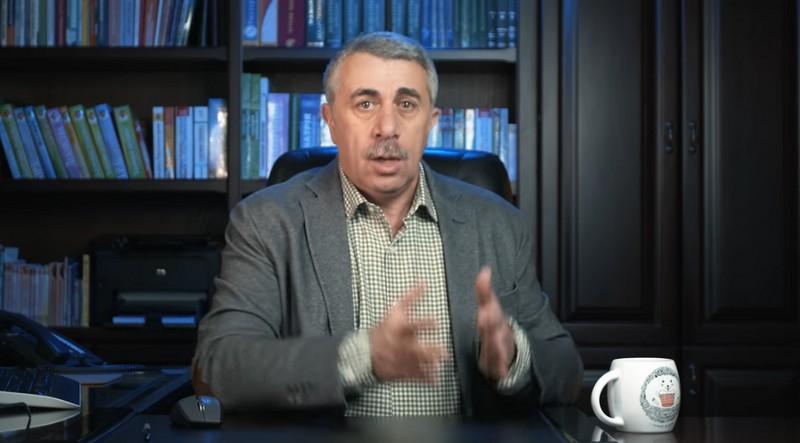 Доктор Комаровский / Скриншот из видео