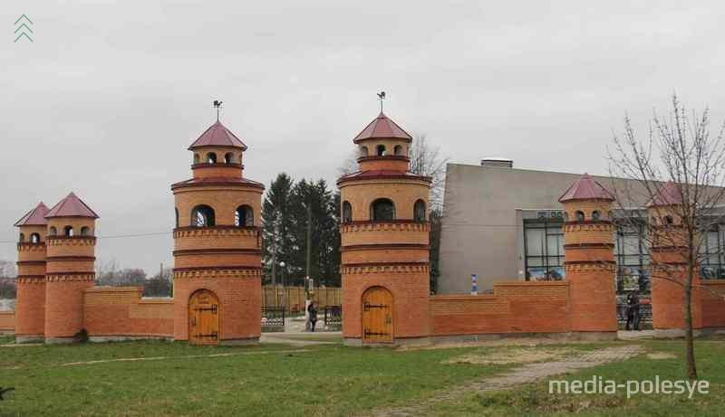 Одна из предлагаемых новых площадок - детский парк