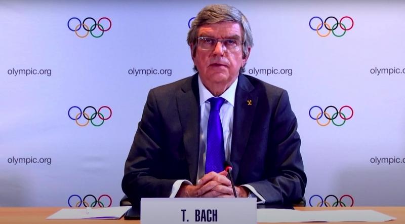 Томас Бах на пресс-конференции / Скриншот трансляции