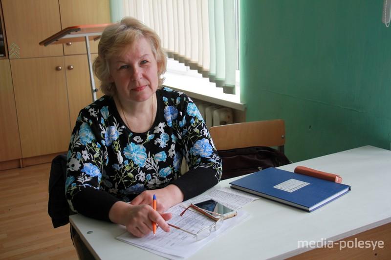 Учительница начальных классов Татьяна Шарко работает в школе с 1987 года. За время работы она выпустила 7 классов