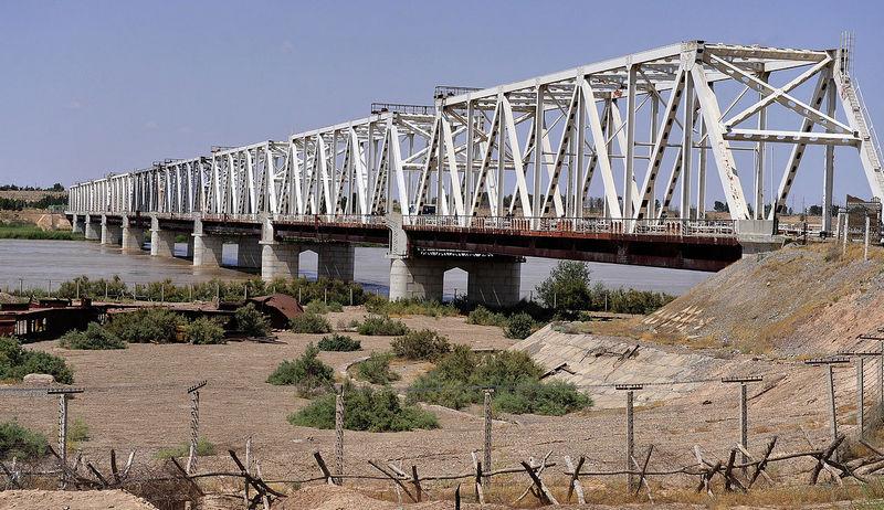 Мост «Хайратон». Вид с узбекистанской стороны / Фото: ru.wikipedia.org