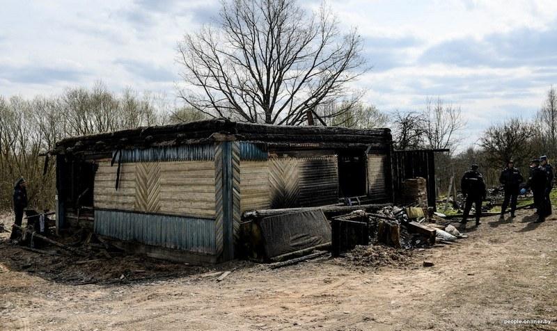 Так выглядел дом на следующий день после пожара / Фото: people.onliner.by