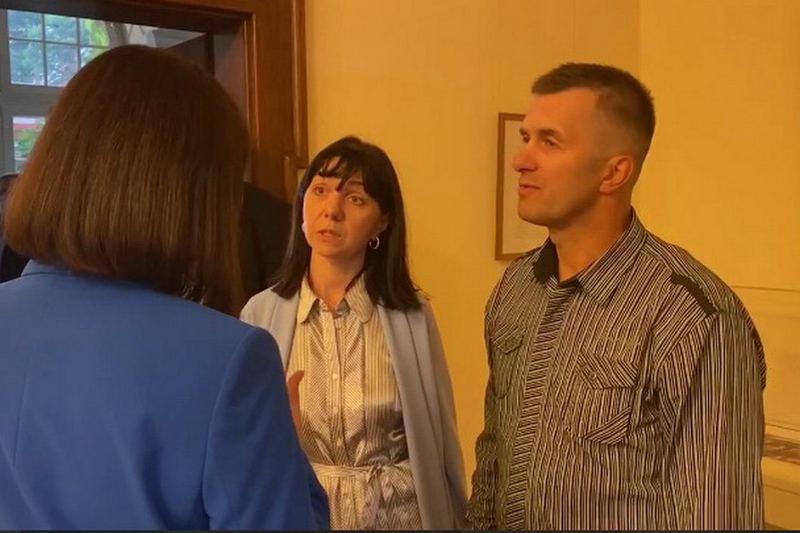 Наталья и Дмитрий Протасевичи. Скриншот видеозаписи Офиса Светланы Тихановской