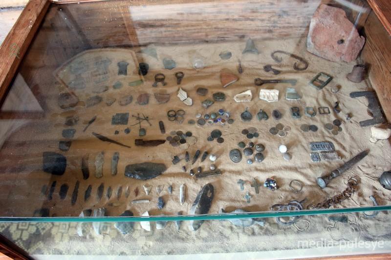 Предметы глубокой древности, найденные на месте бывшей деревни Вядо