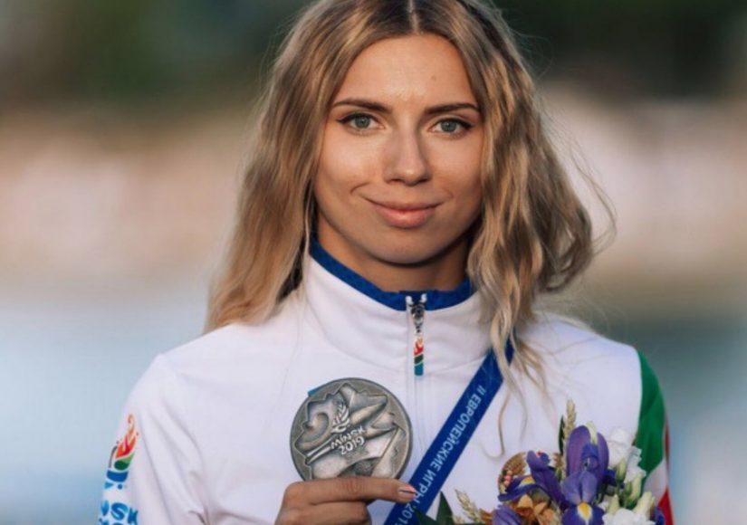 Кристина Тимановская с медалью. Источник фото: БФСС